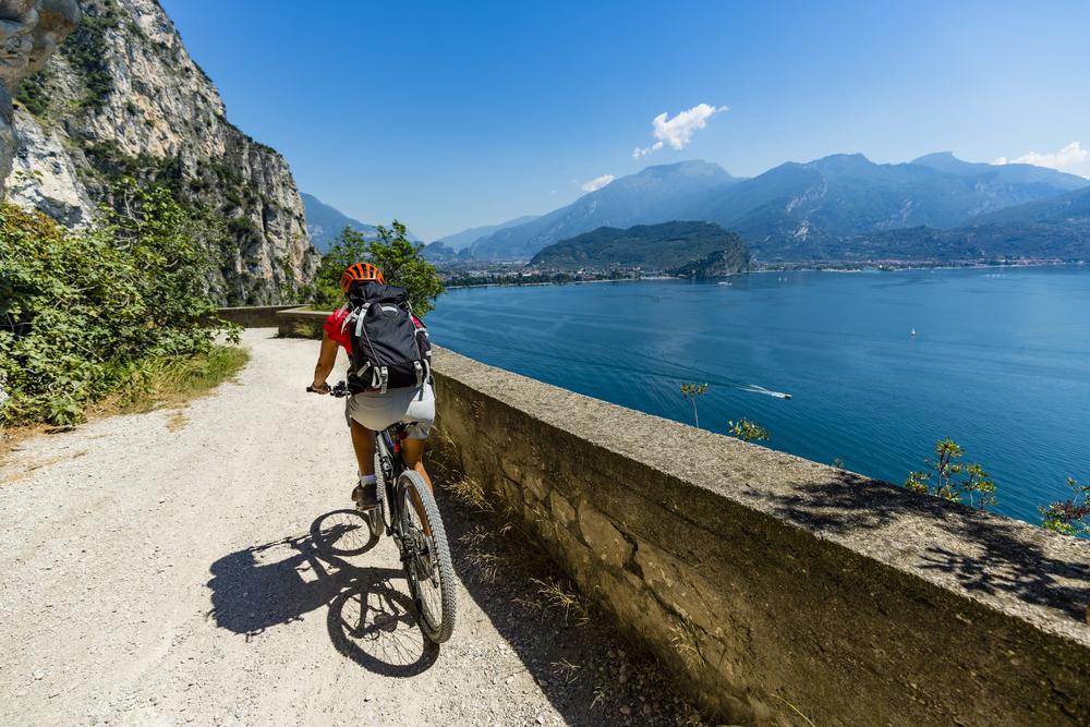 bicicletta lago di Garda